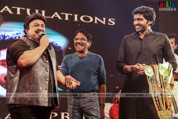 sivakarthikeyan-pc-sreeram-vikram-prabhu-sivakumar-p-bharathiraja-others-mgr-sivaji-academy-awards-2017-photos-0016.jpg