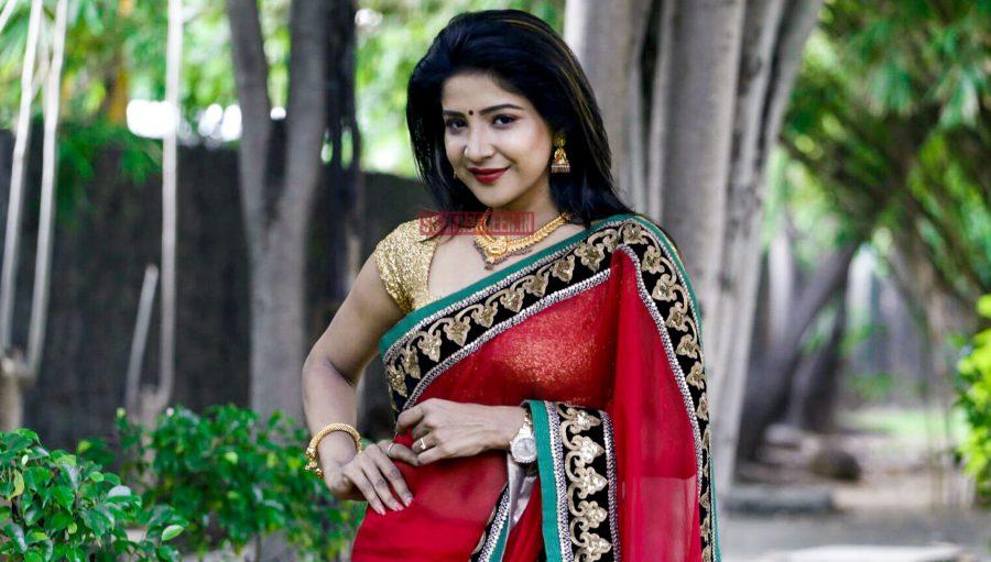 Sakshi Aggarwal goes to Hollywood