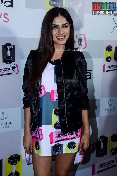 in-pictures-amyra-dastur-akshara-haasan-and-others-at-the-launch-of-masaba-guptas-x-koovs-photos-0010.jpg