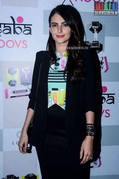 in-pictures-amyra-dastur-akshara-haasan-and-others-at-the-launch-of-masaba-guptas-x-koovs-photos-0013.jpg