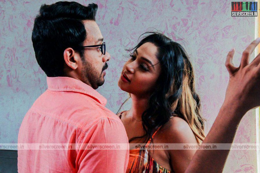 kadaisi-bench-karthi-movie-stills-starring-bharath-ruhani-sharma-angana-roy-stills-0016.jpg