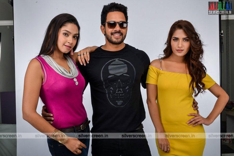 kadaisi-bench-karthi-movie-stills-starring-bharath-ruhani-sharma-angana-roy-stills-0056.jpg