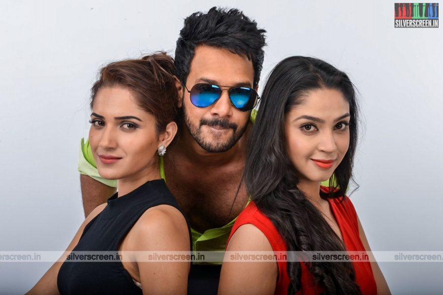 kadaisi-bench-karthi-movie-stills-starring-bharath-ruhani-sharma-angana-roy-stills-0070.jpg