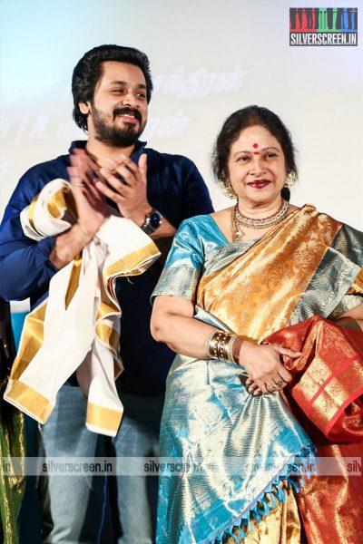 motta-shiva-ketta-shiva-audio-launch-photos-raghava-lawrence-nikki-galrani-raai-laxi-director-sai-ramani-photos-0019.jpg