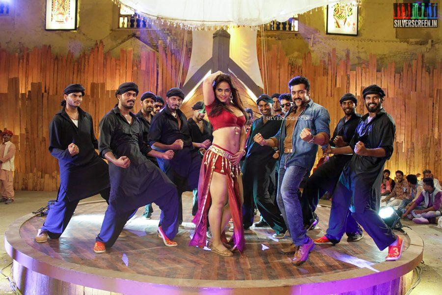 singam-3-movie-stills-starring-suriya-anushka-shetty-shruti-haasan-photos-0048.jpg