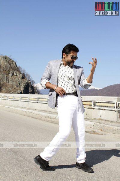 singam-3-movie-stills-starring-suriya-anushka-shetty-shruti-haasan-stills-0083.jpg