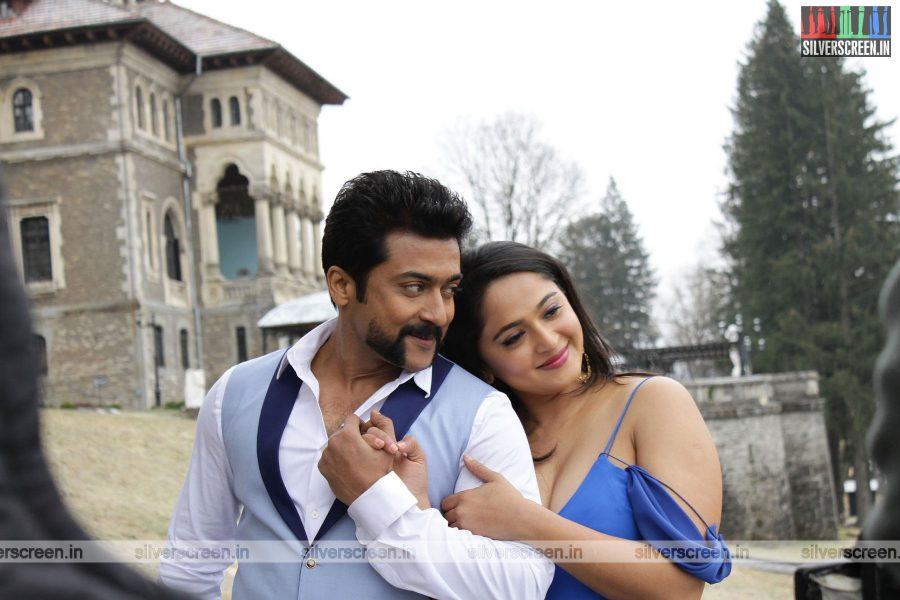 singam-3-movie-stills-starring-suriya-anushka-shetty-shruti-haasan-stills-0102.jpg