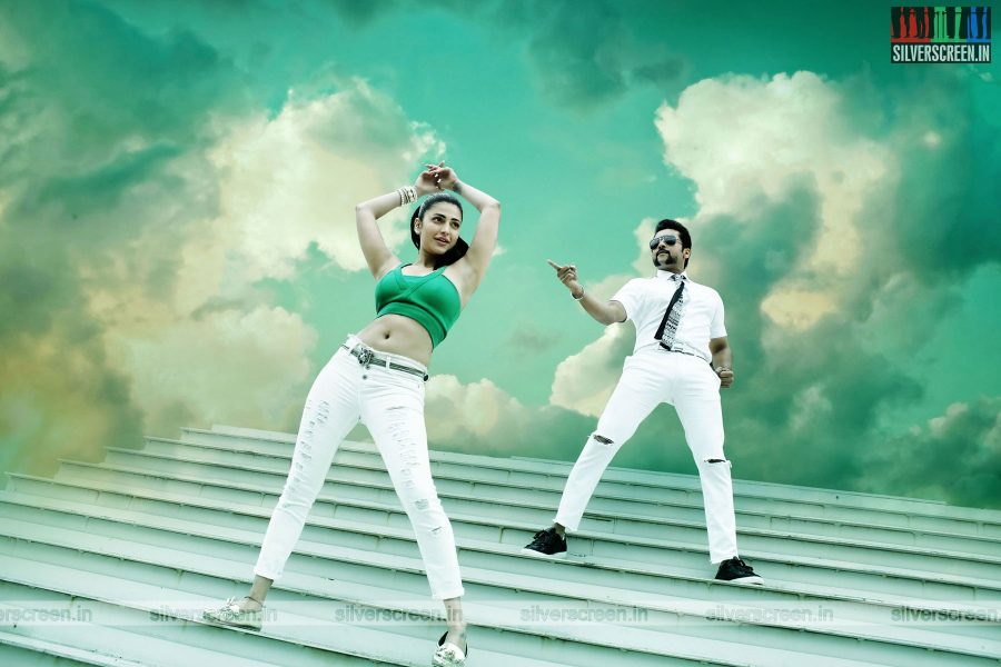 singam-3-movie-stills-starring-suriya-anushka-shetty-shruti-haasan-stills-0108.jpg