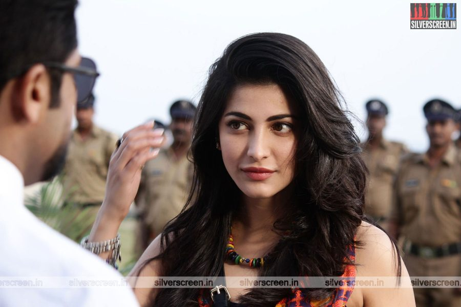 singam-3-movie-stills-starring-suriya-anushka-shetty-shruti-haasan-stills-0111.jpg
