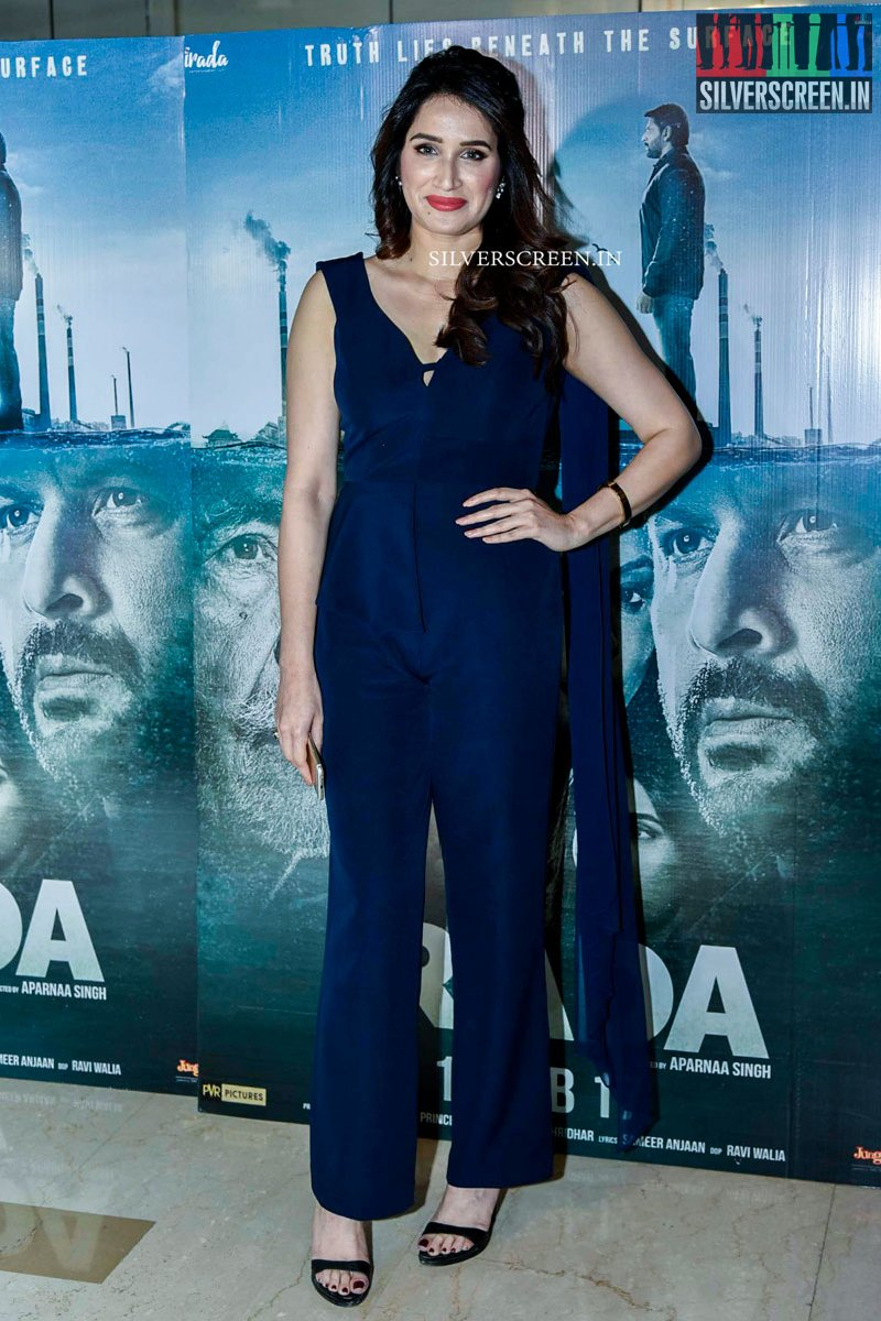 Sridevi, Tisca Chopra and Others at Irada Movie Premiere ...