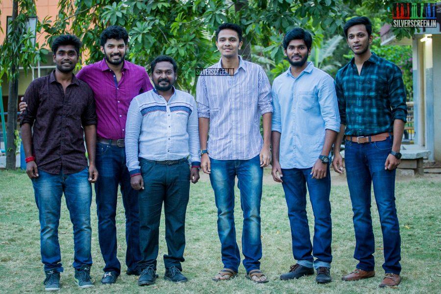 pictures-dhuruvangal-pathinaaru-success-meet-rahman-gautham-menon-director-karthick-naren-photos-0010.jpg