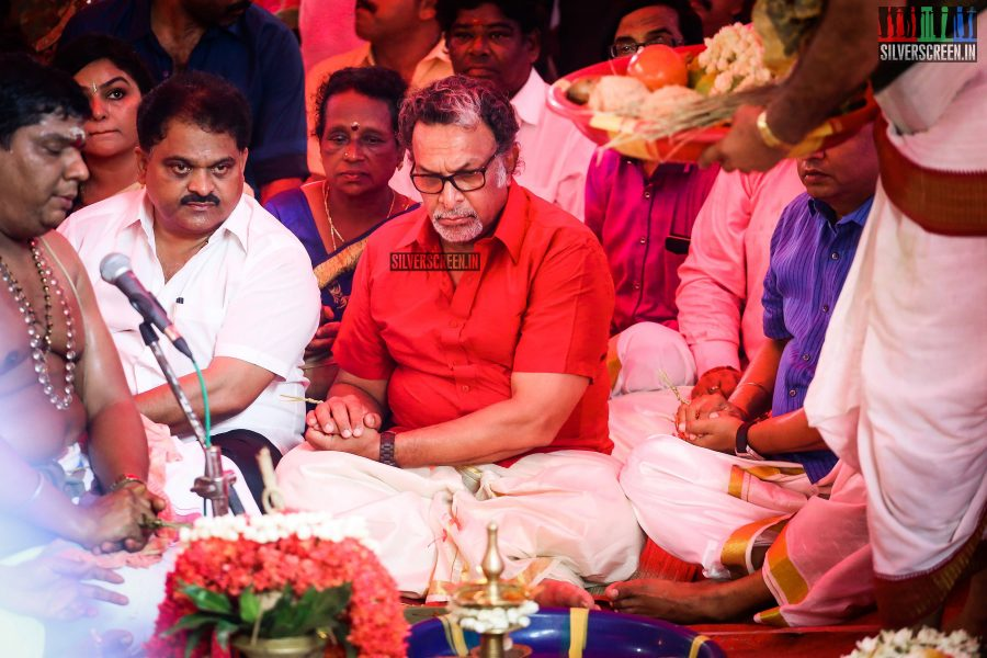 rajinikanth-kamal-haasan-sivakarthikeyan-suriya-and-others-at-the-foundation-ceremony-of-the-nadigar-sangam-photos-0001.jpg