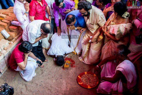 rajinikanth-kamal-haasan-sivakarthikeyan-suriya-and-others-at-the-foundation-ceremony-of-the-nadigar-sangam-photos-0011.jpg