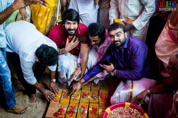 rajinikanth-kamal-haasan-sivakarthikeyan-suriya-and-others-at-the-foundation-ceremony-of-the-nadigar-sangam-photos-0013.jpg