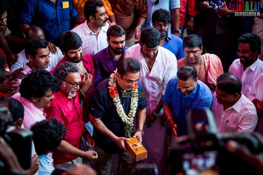 rajinikanth-kamal-haasan-sivakarthikeyan-suriya-and-others-at-the-foundation-ceremony-of-the-nadigar-sangam-photos-0017.jpg