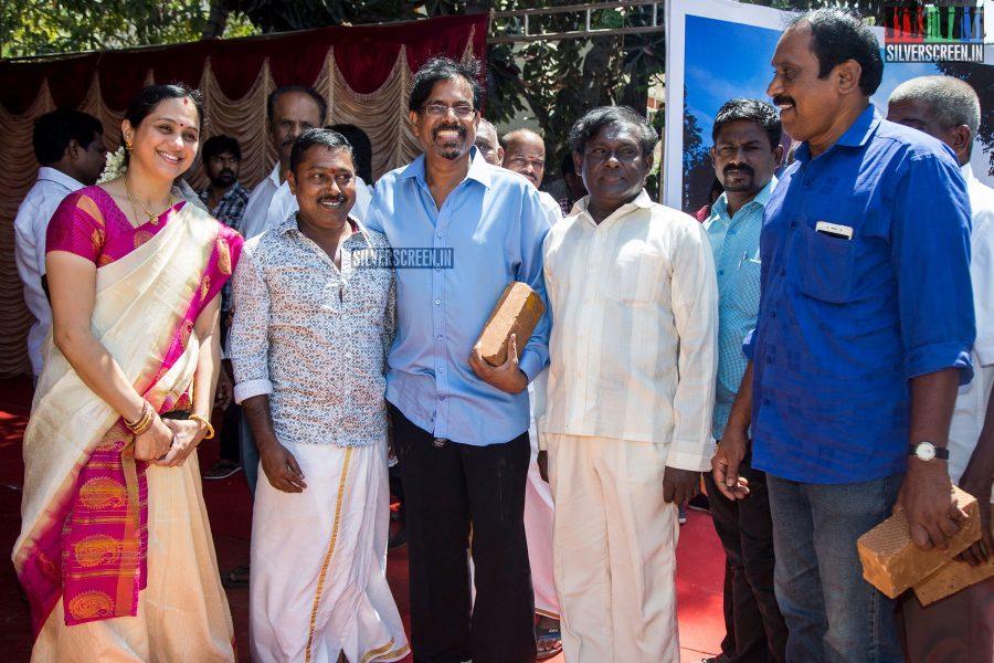 rajinikanth-kamal-haasan-sivakarthikeyan-suriya-and-others-at-the-foundation-ceremony-of-the-nadigar-sangam-photos-0048.jpg