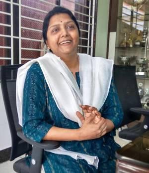 Bhanupriya Magalir Mattum