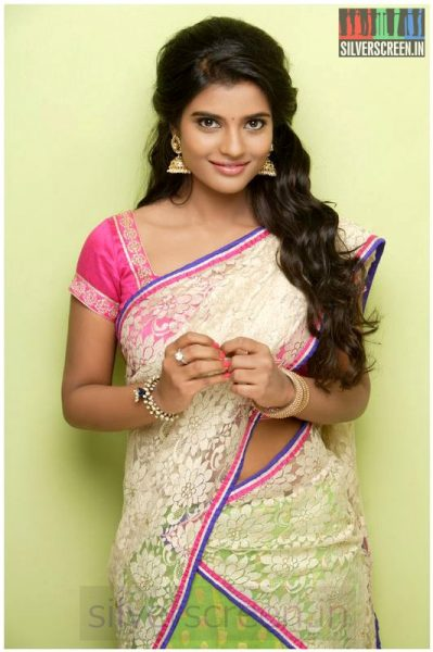 Actress Iyshwarya Rajesh (Or Aishwarya Rajesh) Photoshoot