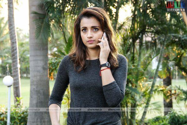 garjanai-movie-stills-starring-trisha-krishnan-photos-0004.jpg