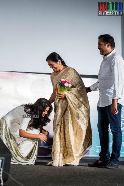 in-pictures-magalir-mattum-audio-launch-with-suriya-jyothika-karthi-sivakumar-and-others-photos-0014.jpg