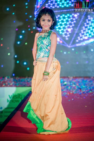 in-pictures-meena-baby-nainika-meera-mitun-and-others-at-the-launch-of-master-and-baby-awards-2017-photos-0012.jpg