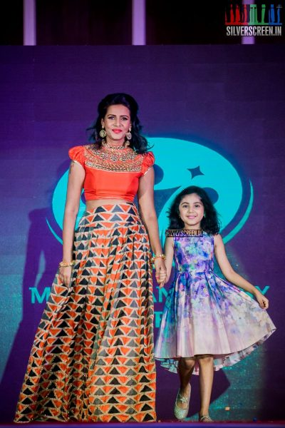 in-pictures-meena-baby-nainika-meera-mitun-and-others-at-the-launch-of-master-and-baby-awards-2017-photos-0016.jpg