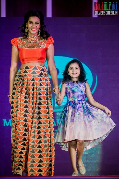 in-pictures-meena-baby-nainika-meera-mitun-and-others-at-the-launch-of-master-and-baby-awards-2017-photos-0017.jpg