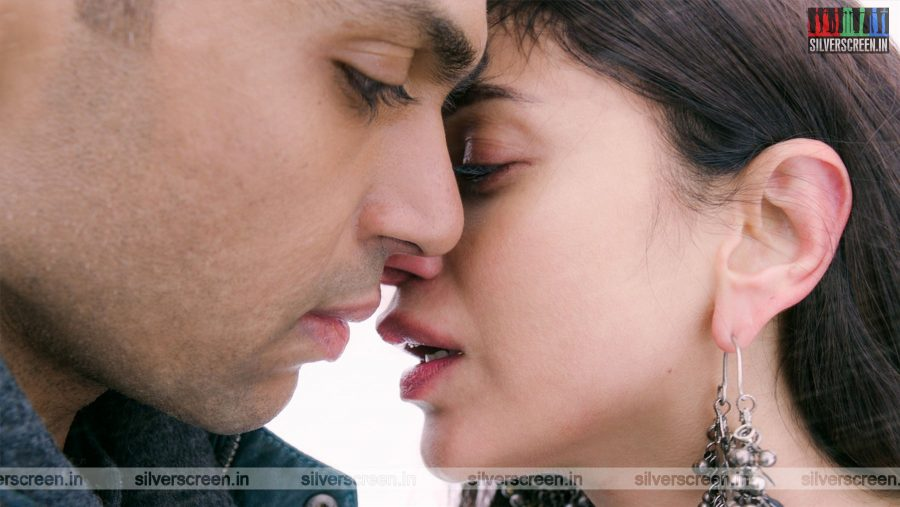 kaatru-veliyidai-movie-stills-starring-karthi-sivakumar-aditi-rao-hydari-stills-0013.jpg