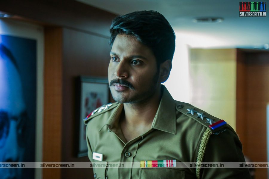 maayavan-movie-stills-starring-sundeep-kishan-lavanya-tripathi-stills-0007.jpg