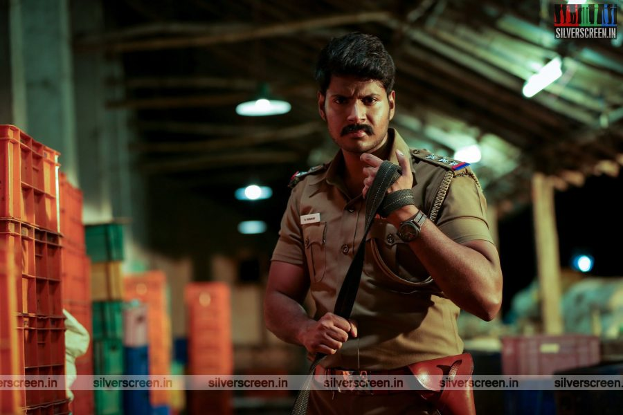 maayavan-movie-stills-starring-sundeep-kishan-lavanya-tripathi-stills-0014.jpg