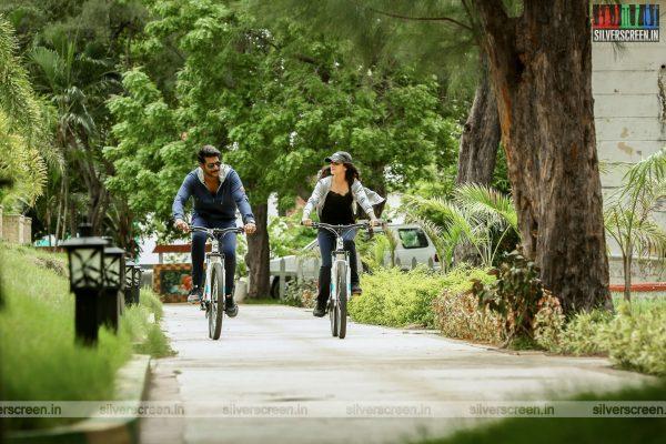 maayavan-movie-stills-starring-sundeep-kishan-lavanya-tripathi-stills-0017.jpg