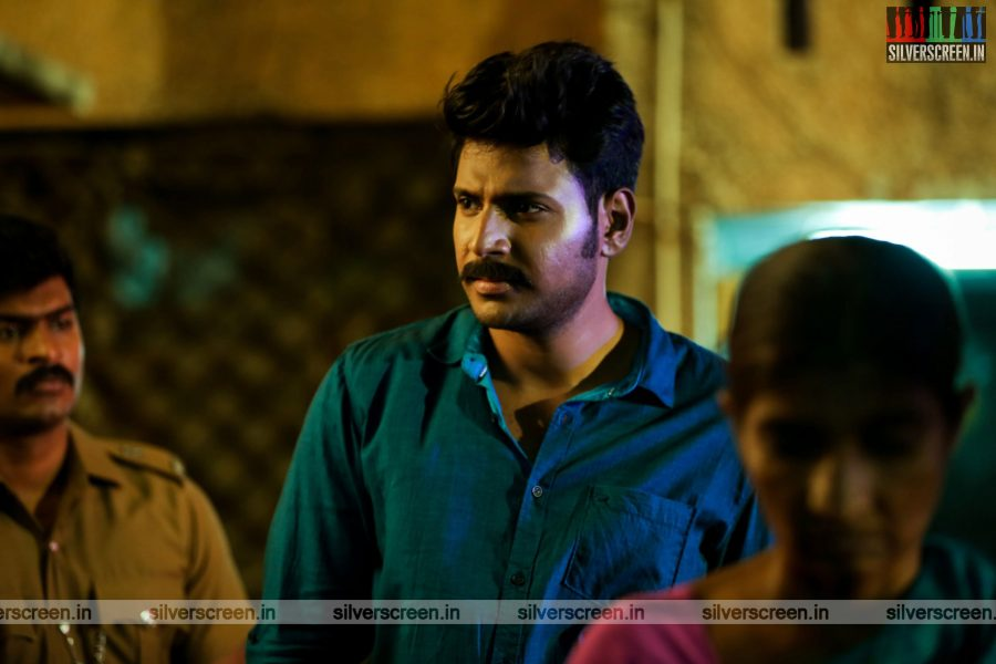 maayavan-movie-stills-starring-sundeep-kishan-lavanya-tripathi-stills-0023.jpg