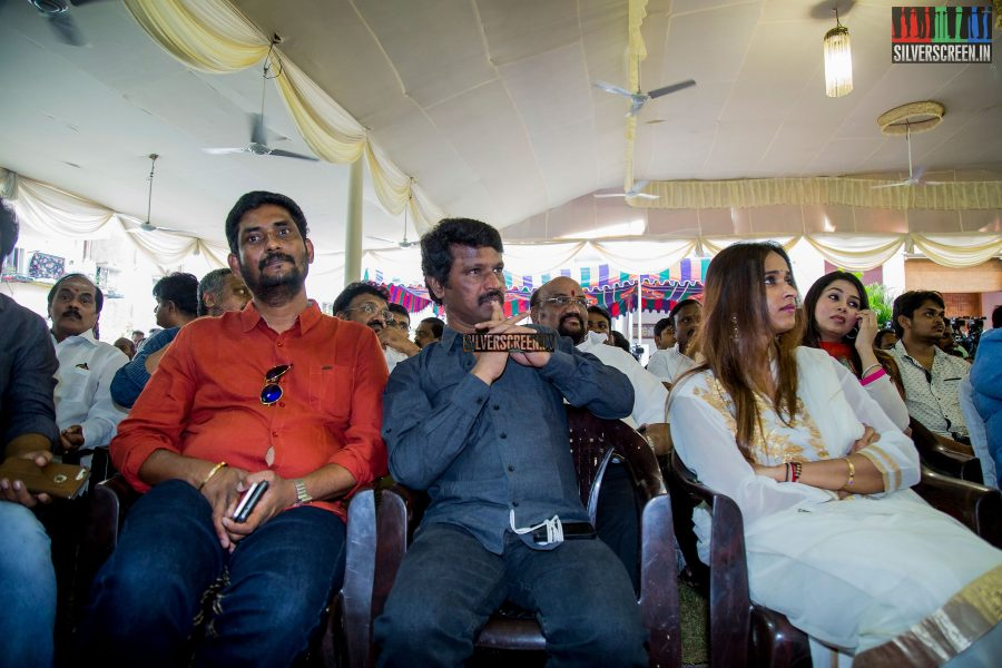 pictures-rajinikanth-dulquer-salman-dhanush-others-nerupuda-audio-launch-photos-0018.jpg