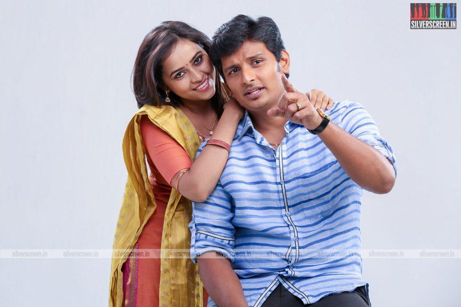 sangili-bungili-kadhava-thorae-movie-stills-starring-jiiva-sri-divya-stills-0002.jpg