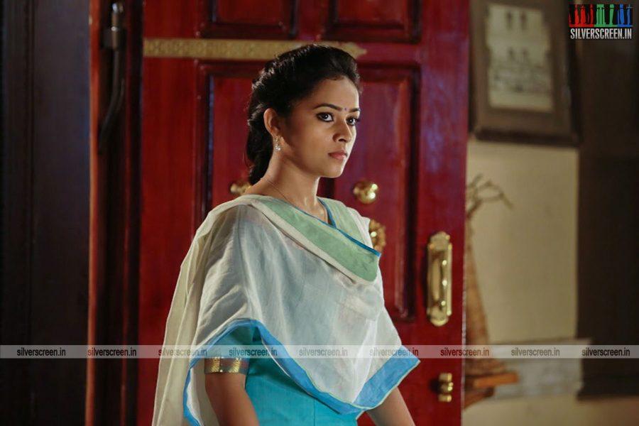 sangili-bungili-kadhava-thorae-movie-stills-starring-jiiva-sri-divya-stills-0007.jpg