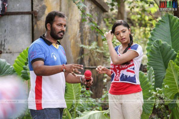 theru-naaigal-movie-stills-0021.jpg