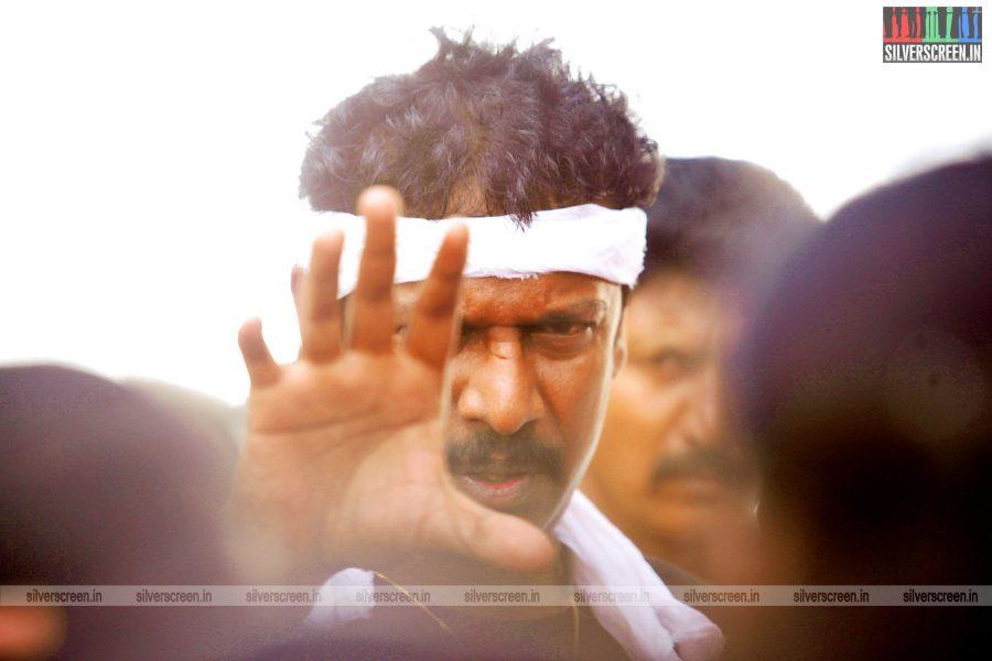 thondan-movie-stills-starring-samuthirakani-vikranth-sunaina-stills-0022.jpg