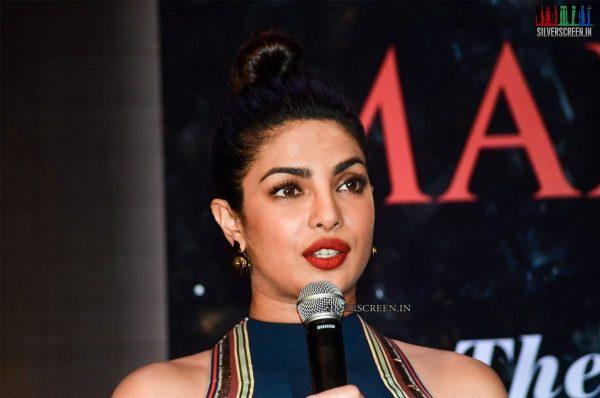 Priyanka Chopra, Sari