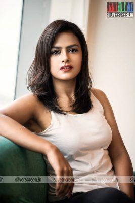 actress-shraddha-srinath-photoshoot-stills-0048.jpg