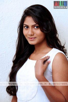 Actress Shruthi Reddy Photoshoot Stills