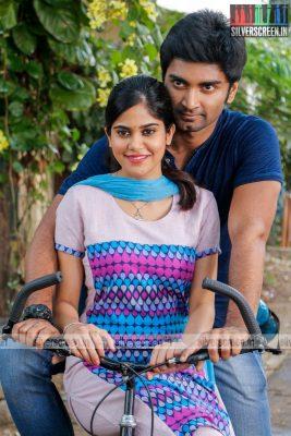 gemini-ganesanum-suruli-rajanum-movie-stills-starring-atharva-aishwarya-rajesh-regina-cassandra-stills-0002.jpg