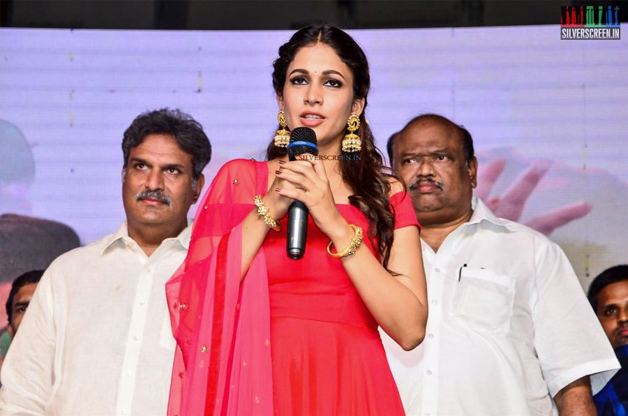 in-pictures-sharwanand-and-lavanya-tripathi-at-radha-pre-release-event-photos-0019.jpg