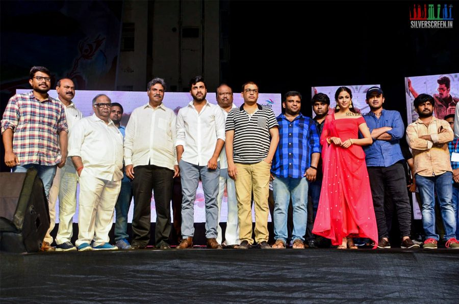 in-pictures-sharwanand-and-lavanya-tripathi-at-radha-pre-release-event-photos-0021.jpg