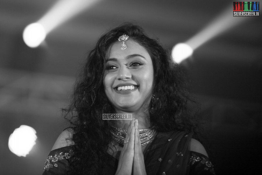 pictures-jayam-ravi-aishwarya-rajesh-sanchita-shetty-sunaina-others-benny-dayal-live-concert-photos-0013.jpg