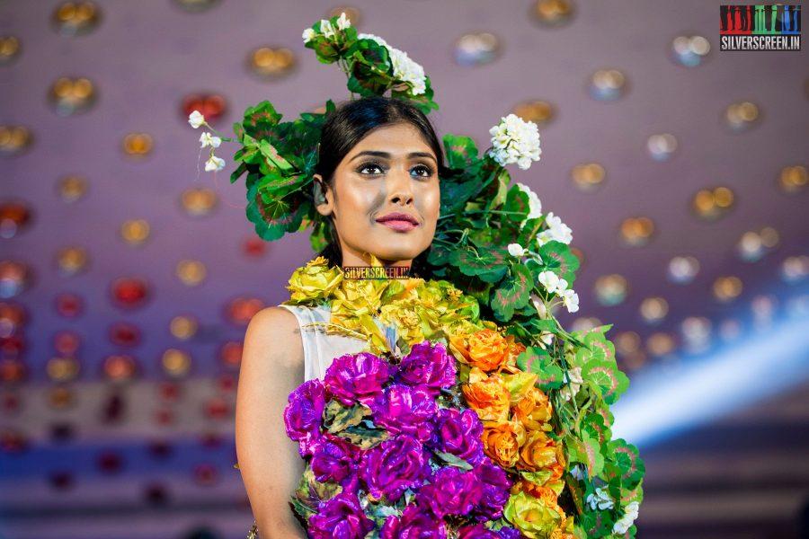 pictures-jayam-ravi-aishwarya-rajesh-sanchita-shetty-sunaina-others-benny-dayal-live-concert-photos-0052.jpg