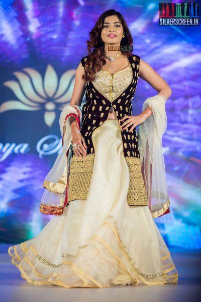 pictures-jayam-ravi-aishwarya-rajesh-sanchita-shetty-sunaina-others-benny-dayal-live-concert-photos-0054.jpg