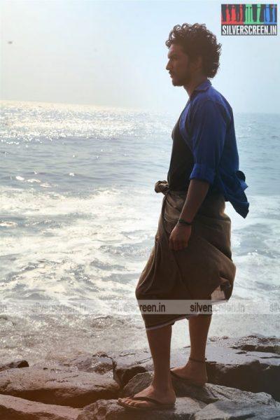 rangoon-movie-stills-starring-gautham-karthik-sana-makbul-stills-0004.jpg