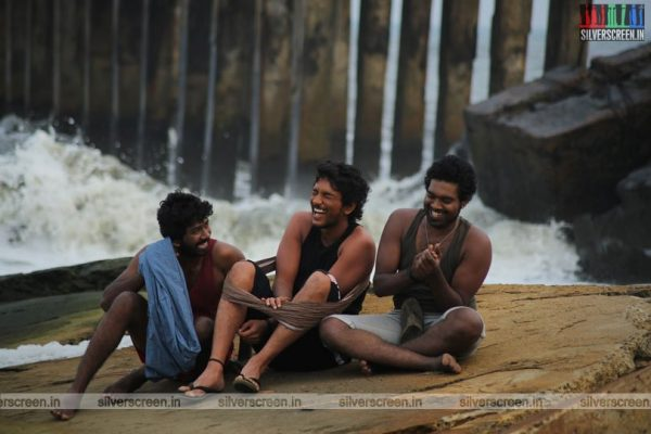 rangoon-movie-stills-starring-gautham-karthik-sana-makbul-stills-0007.jpg