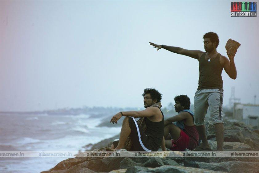 rangoon-movie-stills-starring-gautham-karthik-sana-makbul-stills-0009.jpg
