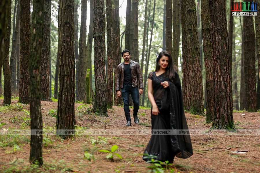 team-5-movie-stills-starring-sreesanth-and-nikki-galrani-stills-0007.jpg